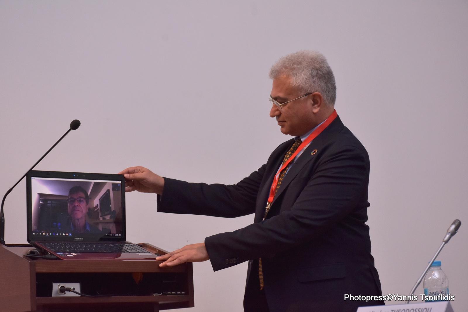ο  Πρόεδρος του Δικτύου SDSN-Black Sea, Καθηγητής Νικόλαος Θεοδοσίου